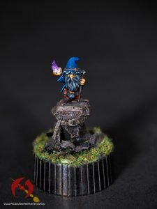 gnome wizard from stonehaven miniatures painted by Melbourne mini painter
